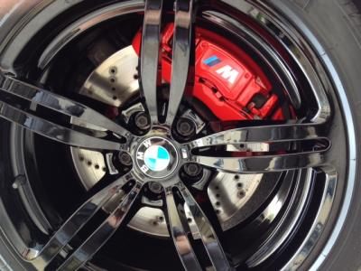 Personnalisation jantes BMW M6 - AMS Lifting