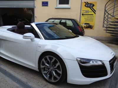 Personnalisation cuir AUDI R8 - AMS Lifting